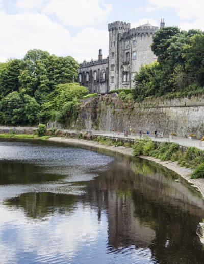 Kilkenny Castle on river 0427